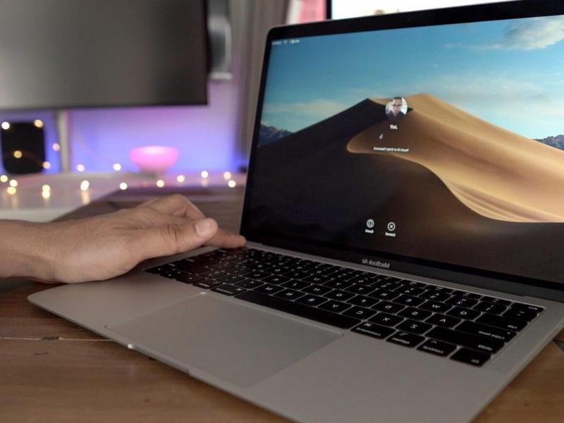 ноутбук во время зарядки