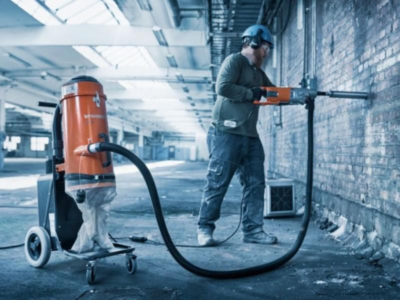 Промышленные пылесосы: особенности и применение