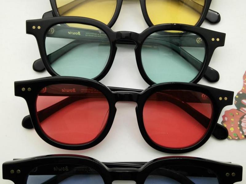 солнезащитные очки для женщин