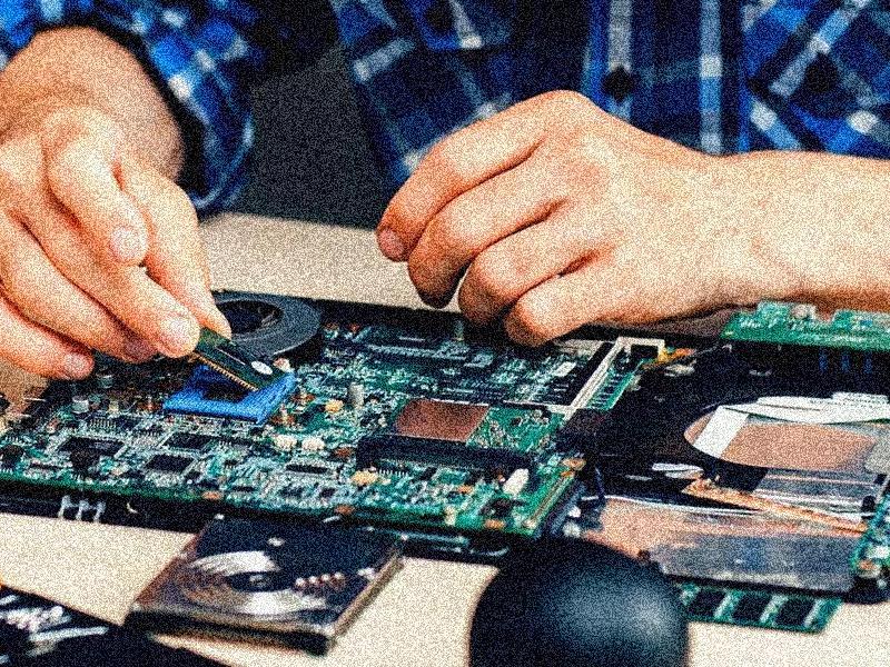 ремонт ноутбуков в СПб
